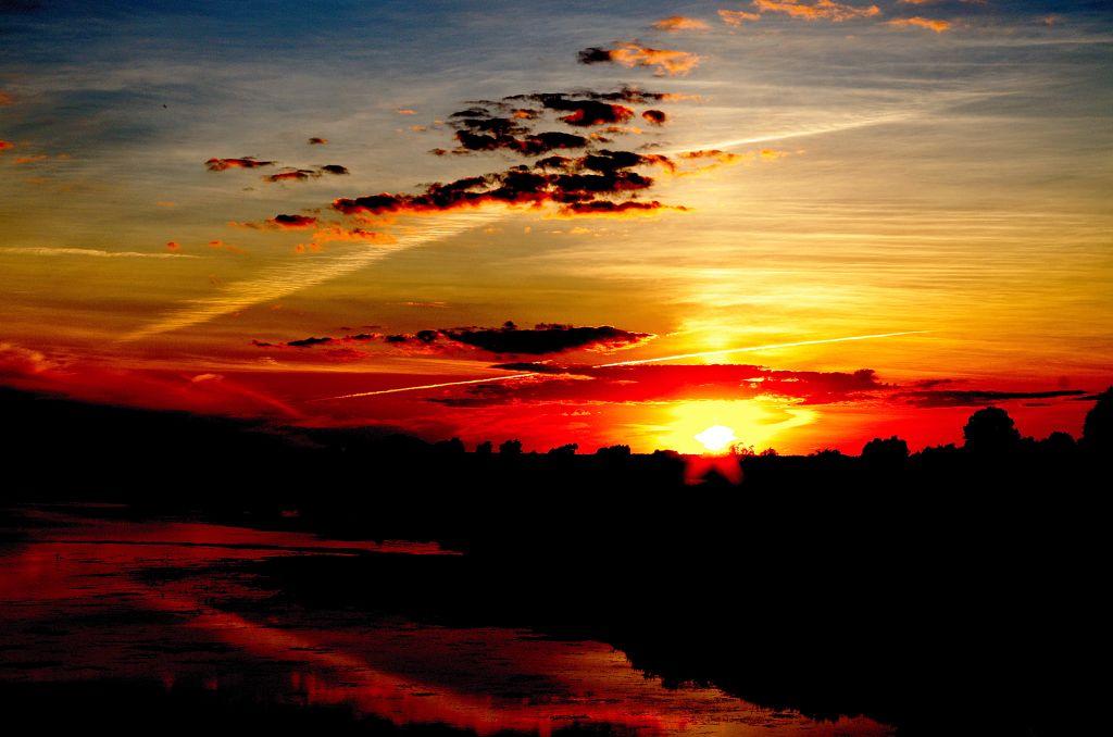 Płonące niebo